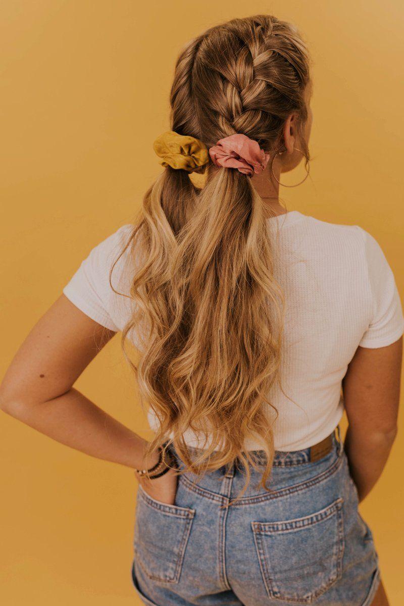 hair scrunchie hairstyles