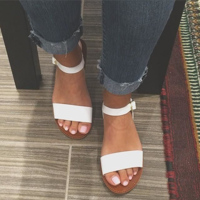 donddi sandals outfits