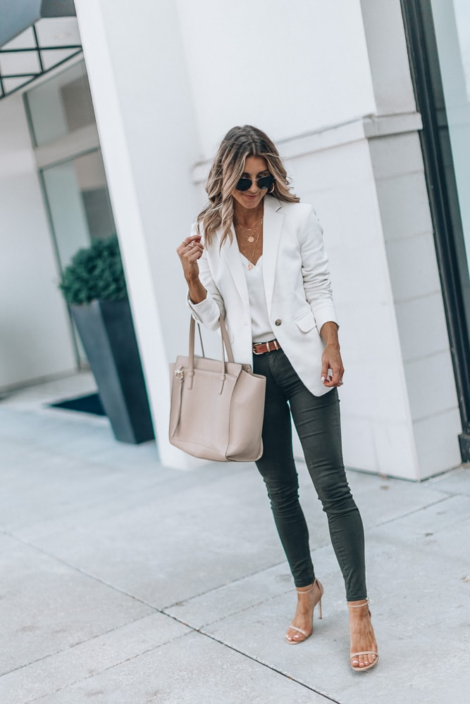 smart casual women's summer outfits