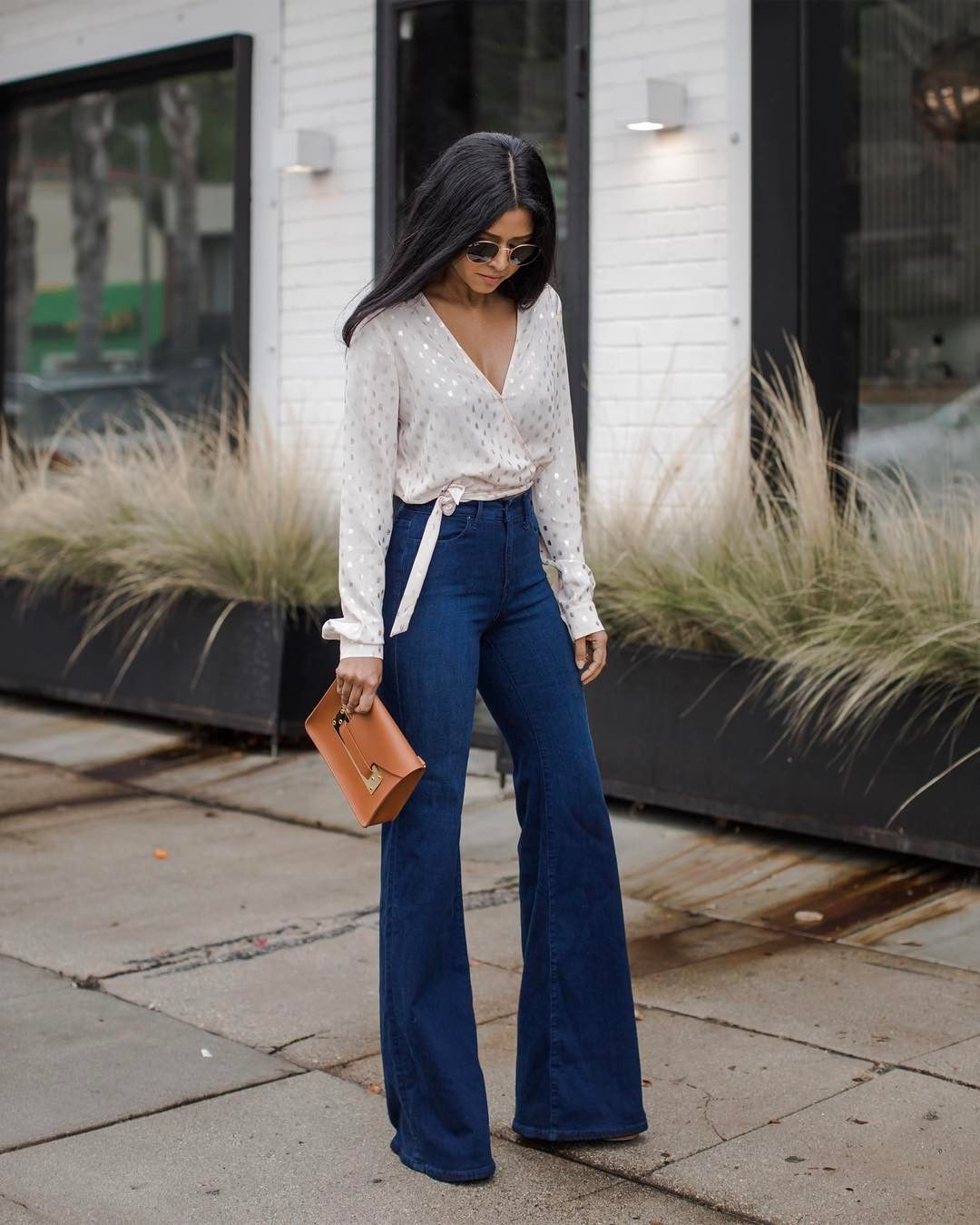 how to dress to look taller and slimmer