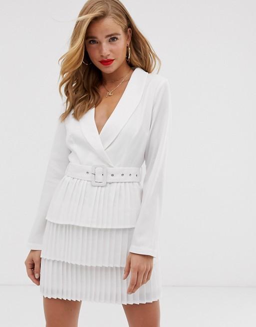 prom dresses for broad shoulders