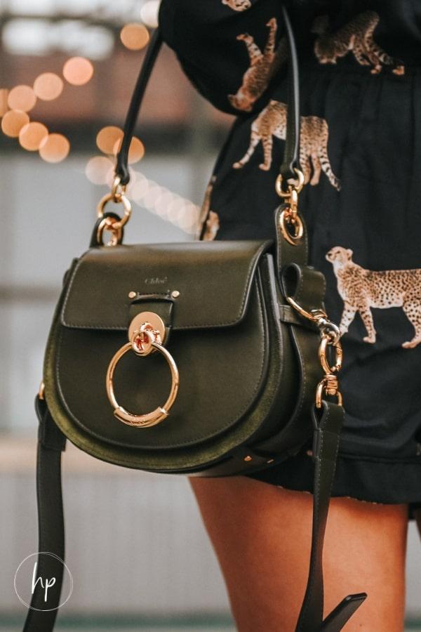 how to choose a handbag for everyday